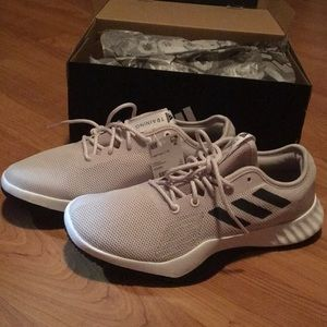 ♥️ Adidas Crazytrain Training Shoes
